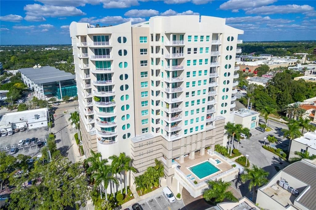 condos have elevators, retirement condominiums in florida, Concerns to Think About When Buying Your Retirement Home