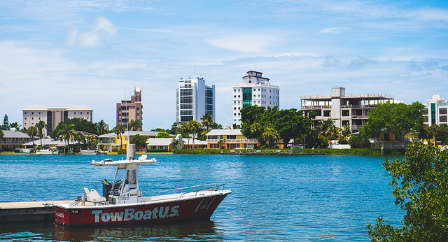 Located on the gulf side of Siesta Key and its southern tip, Point of Rocks is known for its prime snorkeling and stunning waterfront homes.